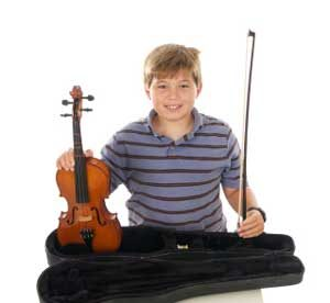 Picture of a teenage boy with his violin