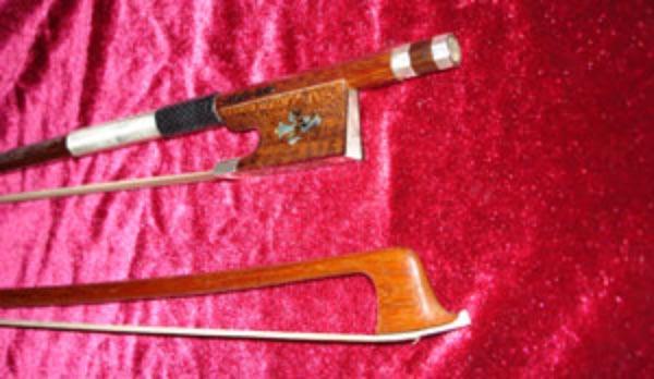 Silver Arcos Brasil Fleur de Lis Snakewood Violin Bow