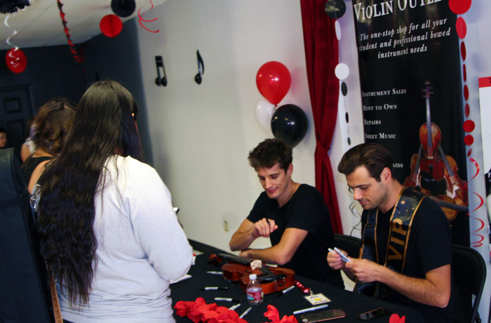 2Cellos Signing for their Fans